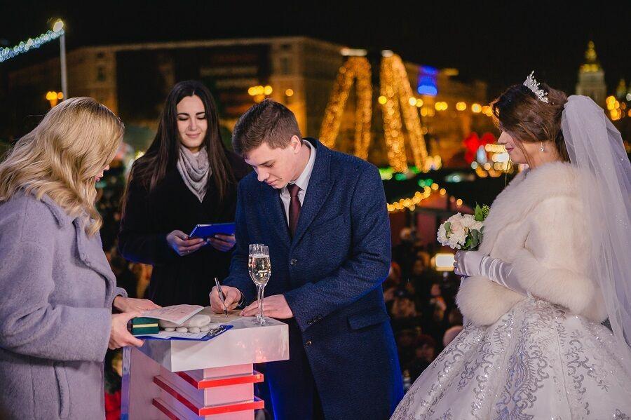 Вернувшийся из плена одесский моряк Андрей Эйдер женился на 17-летней девушке