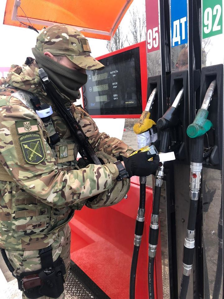 В пгт Большая Новоселка на местной АЗС описано более 26 тысяч литров топлива