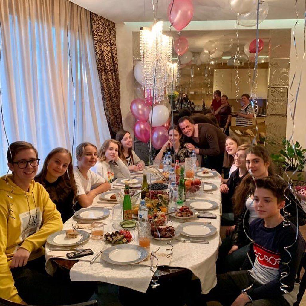Дочь Началовой Вера празднует день рождения