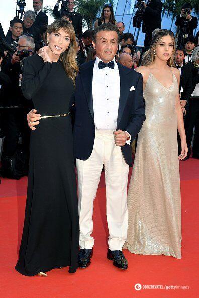 Сильвестр Сталлоне с женой и дочкой