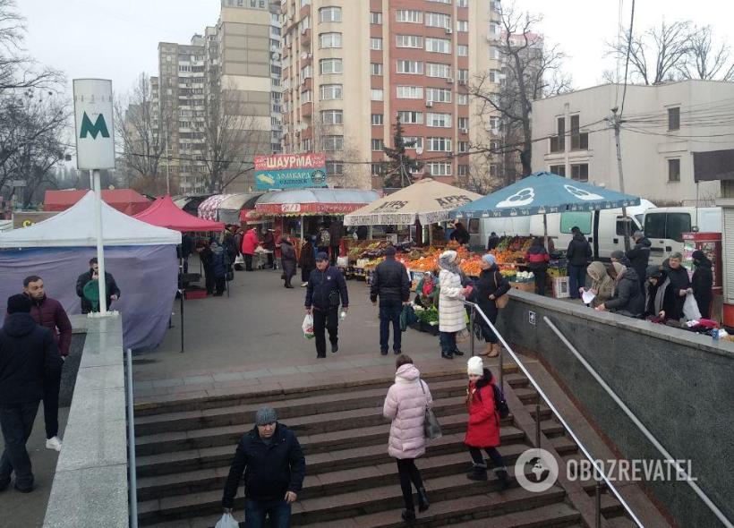 """""""Шанхай"""" возле метро """"Житомирская"""""""