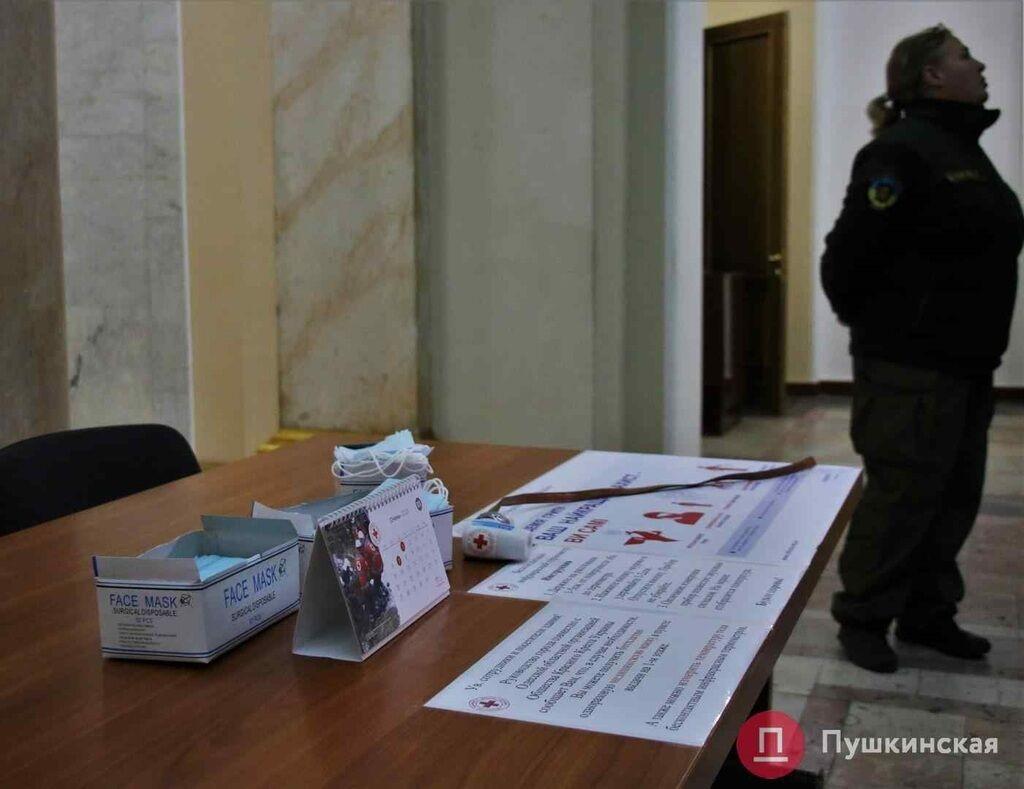 Китайський коронавірус: як себе захистили одеські чиновники