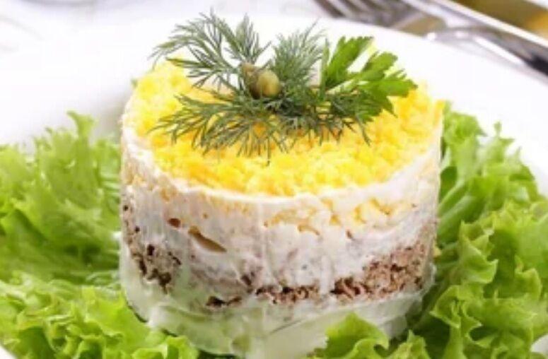 Рецепт унікального салату, який обожнюють мільйони