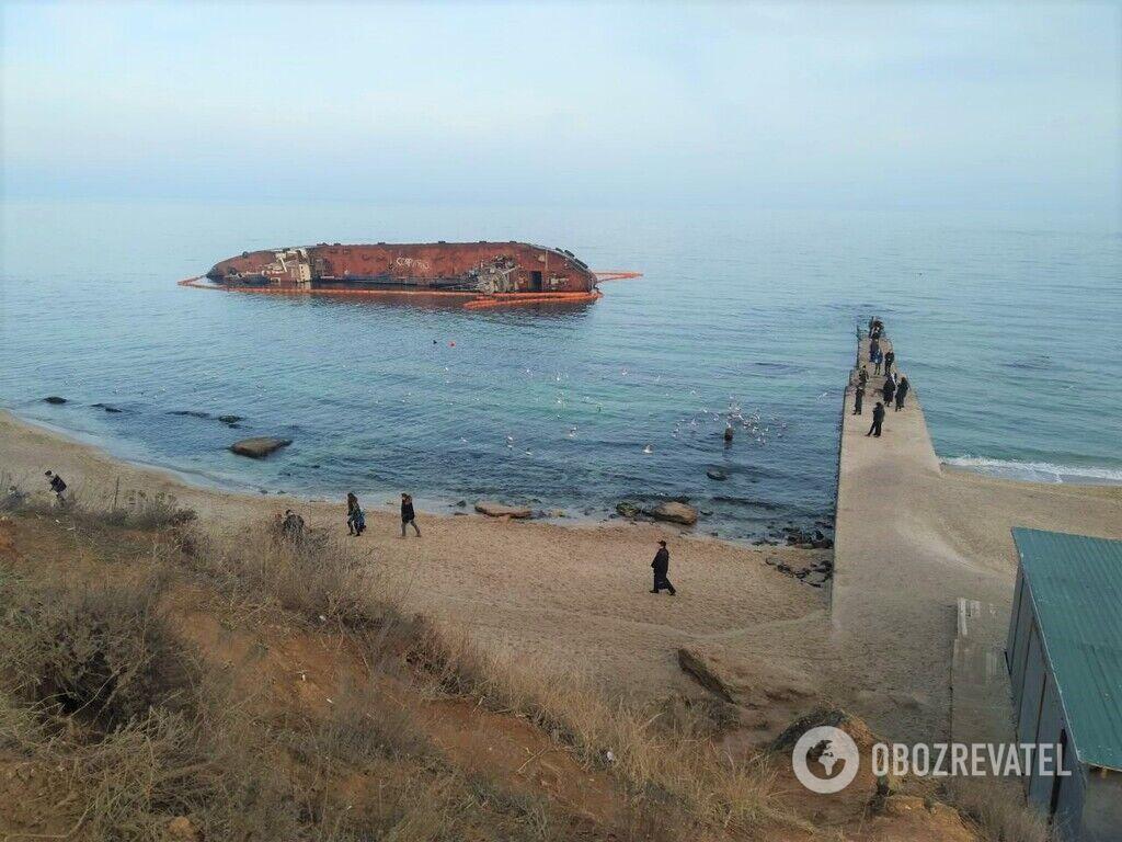 Затонулий танкер Delfi
