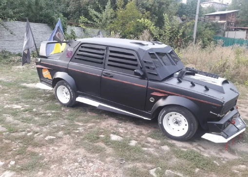 """ВАЗ-2107 в стиле """"Безумного Макса"""""""