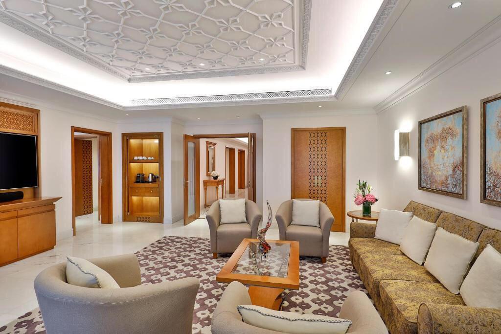 Al Bustan Palace Ritz-Carlton Hotel