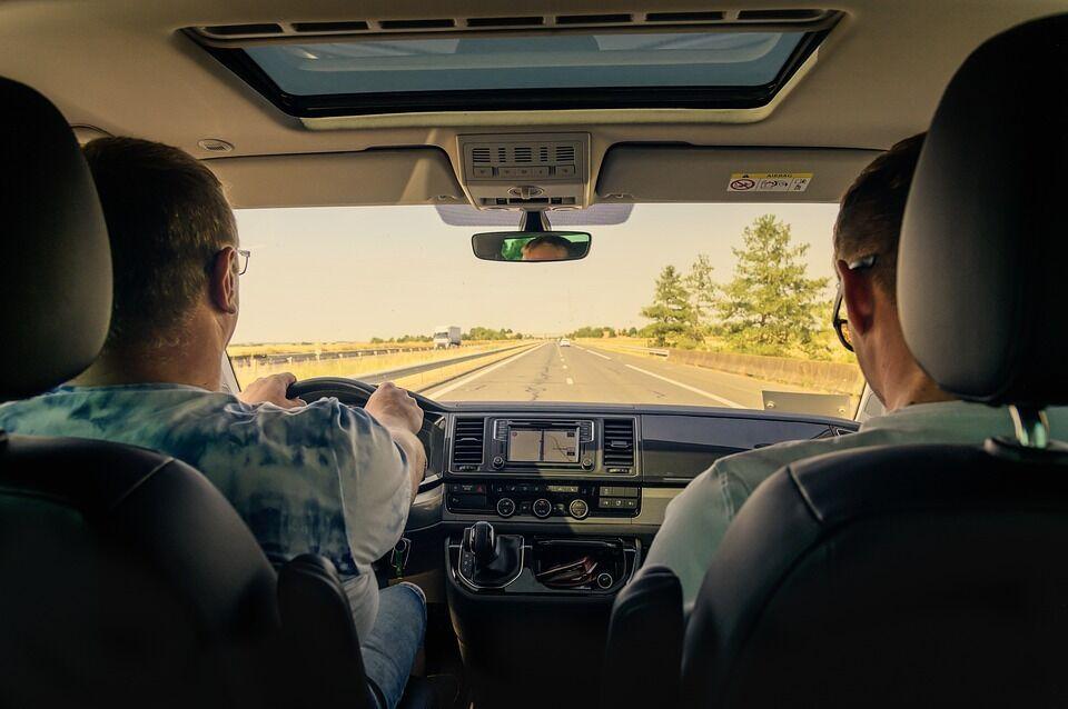 Новые штрафы для водителей, подорожание газа и пенсионный возраст: все, что нужно знать украинцам в 2020-м