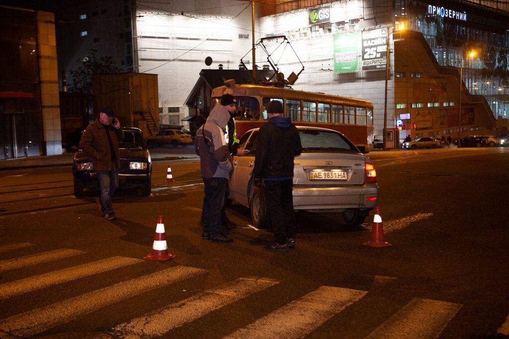 В центре Днепра столкнулись два авто. Фото жесткого ДТП