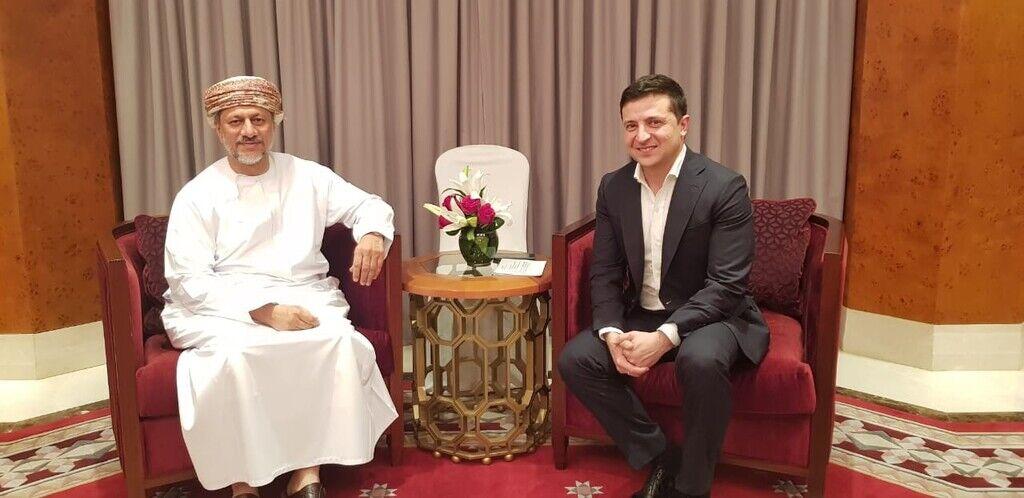 Зеленский в Омане провел встречу с исполнительным президентом Государственного генерального резервного фонда Султаната Оман Абдулсаламом аль-Муршиди