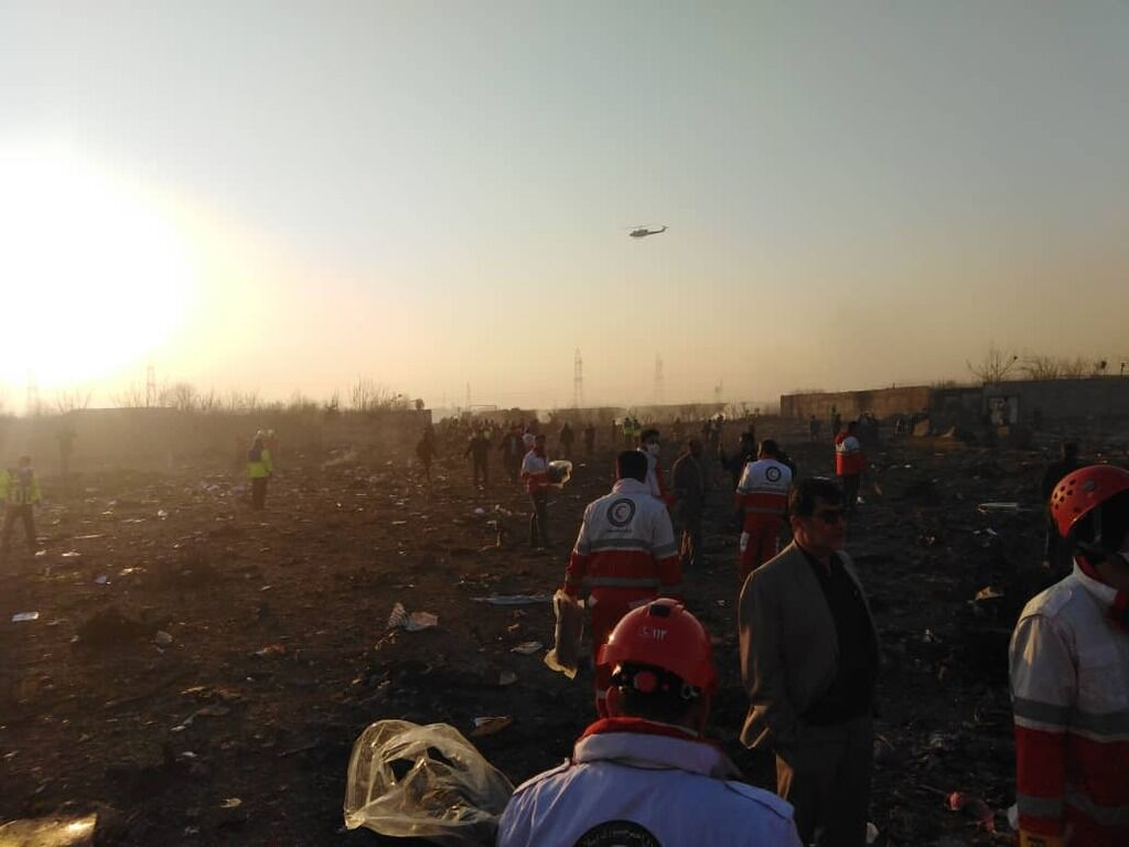 Место крушения самолета МАУ под Тегераном