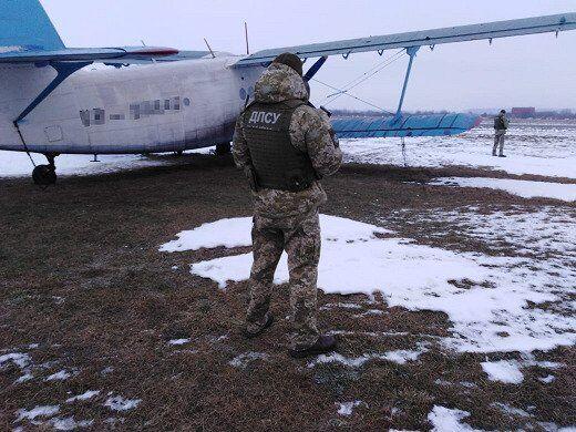 Затримання літака контрабандистів на Прикарпатті