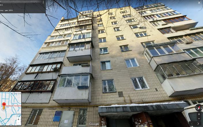 В Киеве мужчина выпал с девятого этажа