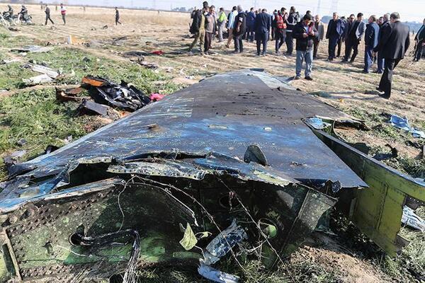 На месте крушения самолета в Тегеране