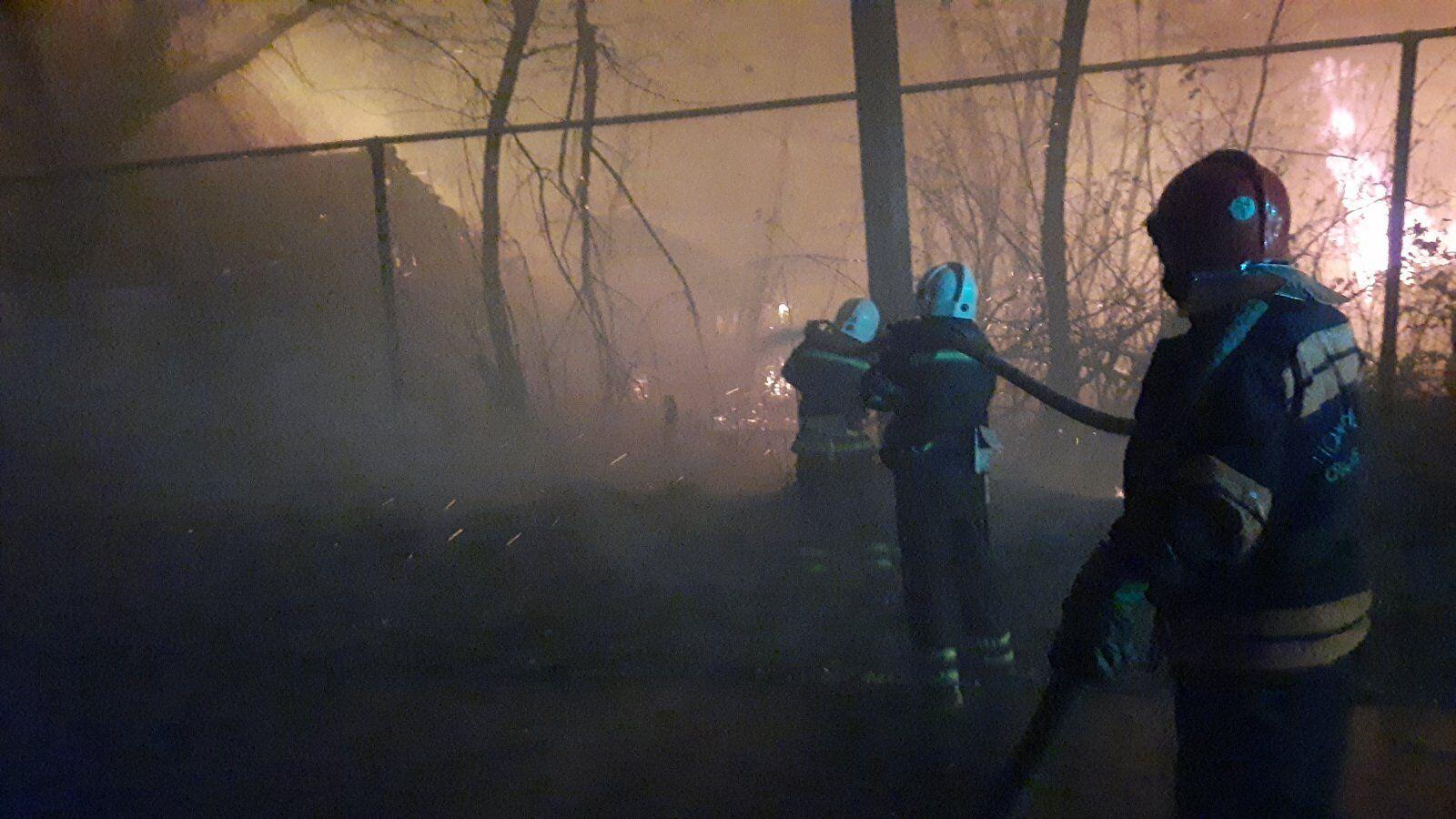 Пожары на Луганщине подобрались к линии разграничения.