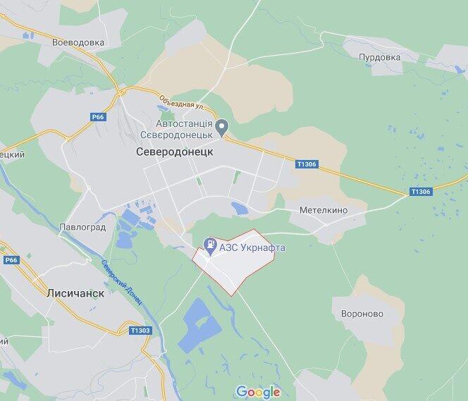 Кладовище розташоване в Сиротиному Луганської області.