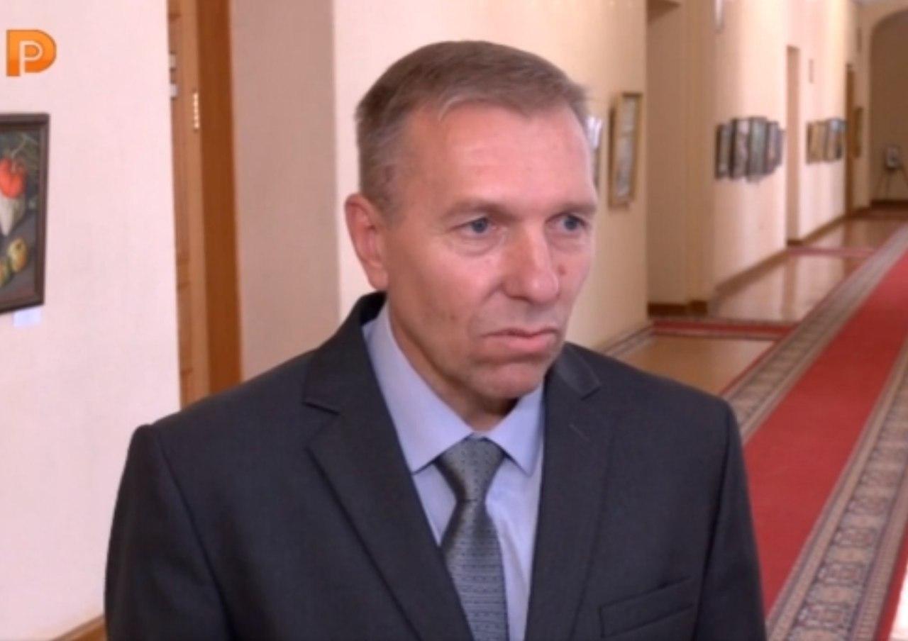 Водій автобуса Сергій Давиденко виграв вибори в Костромській області.