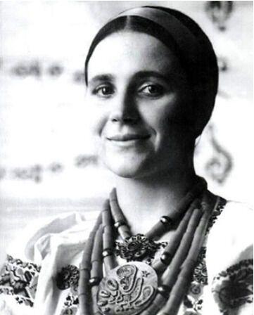 Нина Матвиенко в молодости.