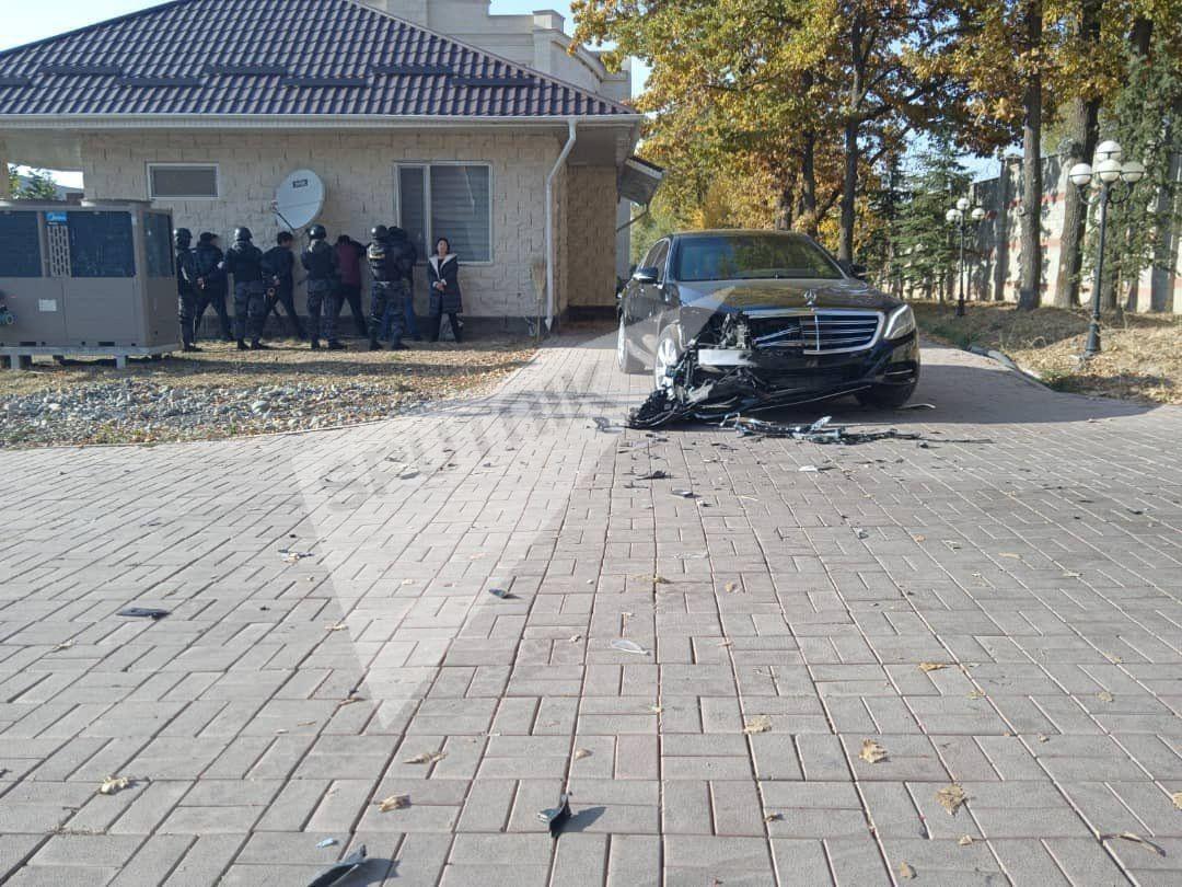 Задержание семьи Алмазбека Атамбаева.