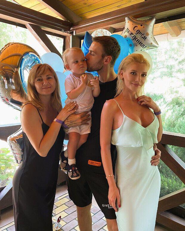 Миша Романова рассказала об отношениях с Максом Барских.