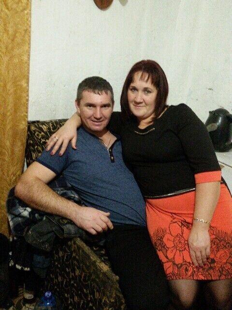Дмитрий и Оксана познакомились пять лет назад.