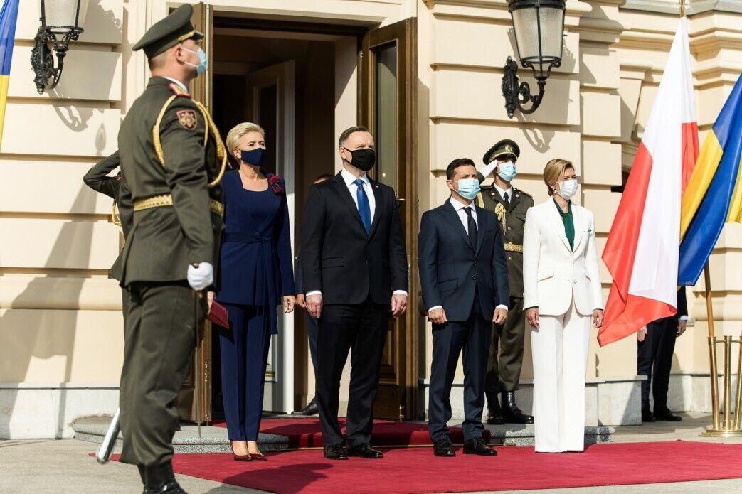 Володимир та Олена Зеленські зустрілися з президентом і першою леді Польщі.
