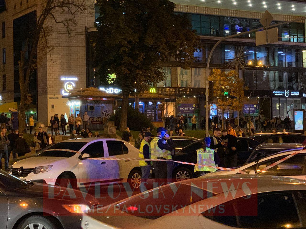 Правоохранители стреляли по колесам нарушителей.