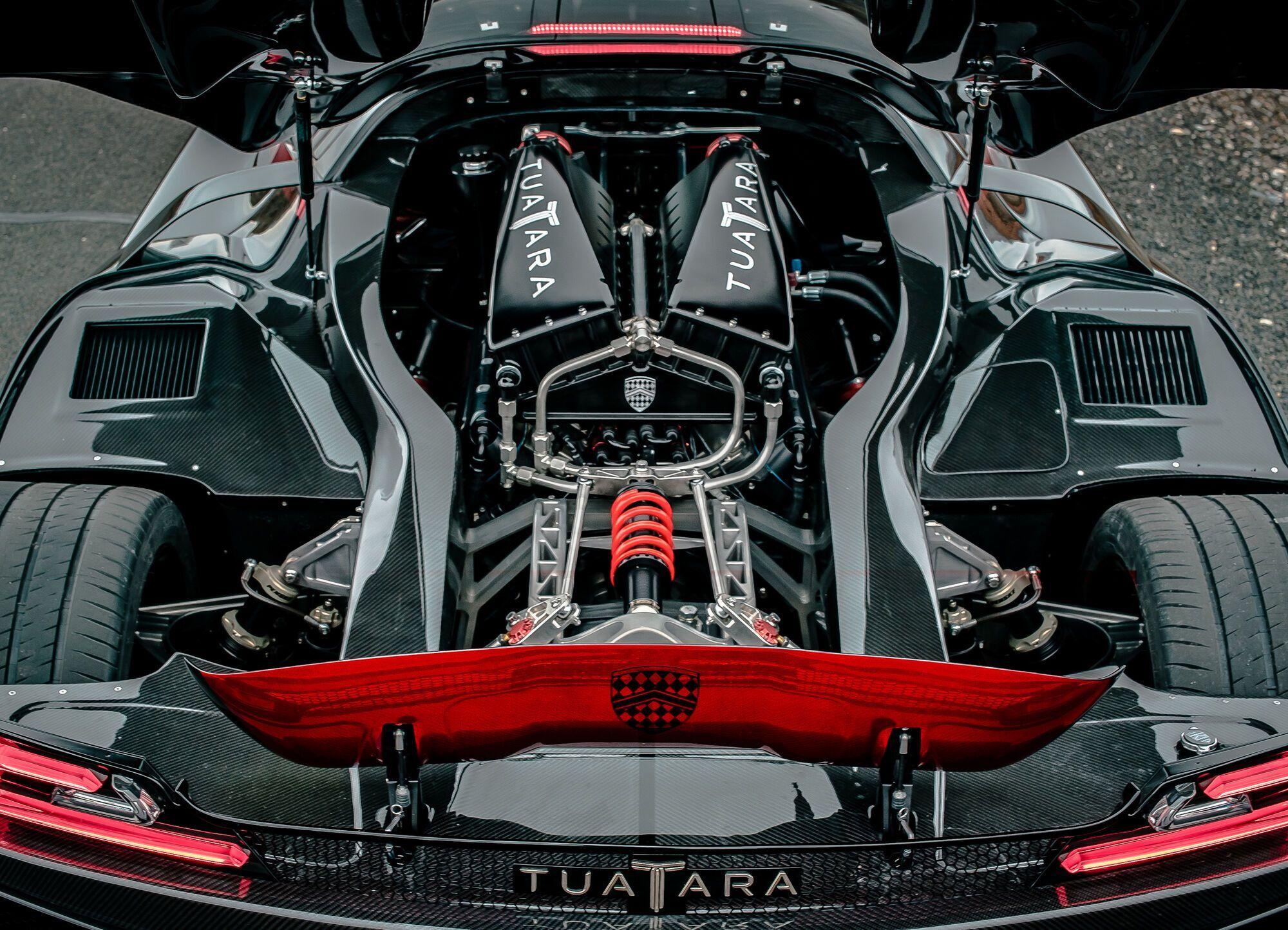 SSC Tuatara получил в свое распоряжение 5,9-литровый мотор V8