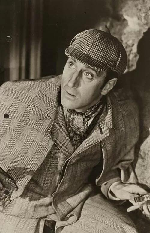 Безіл Ретбоун у ролі Шерлока Холмса.