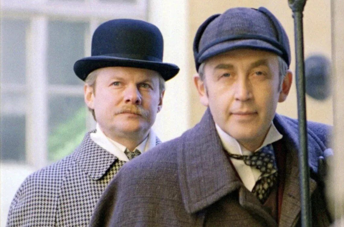 Ливанов (справа) и Соломин в ролях Холмса и Ватсона