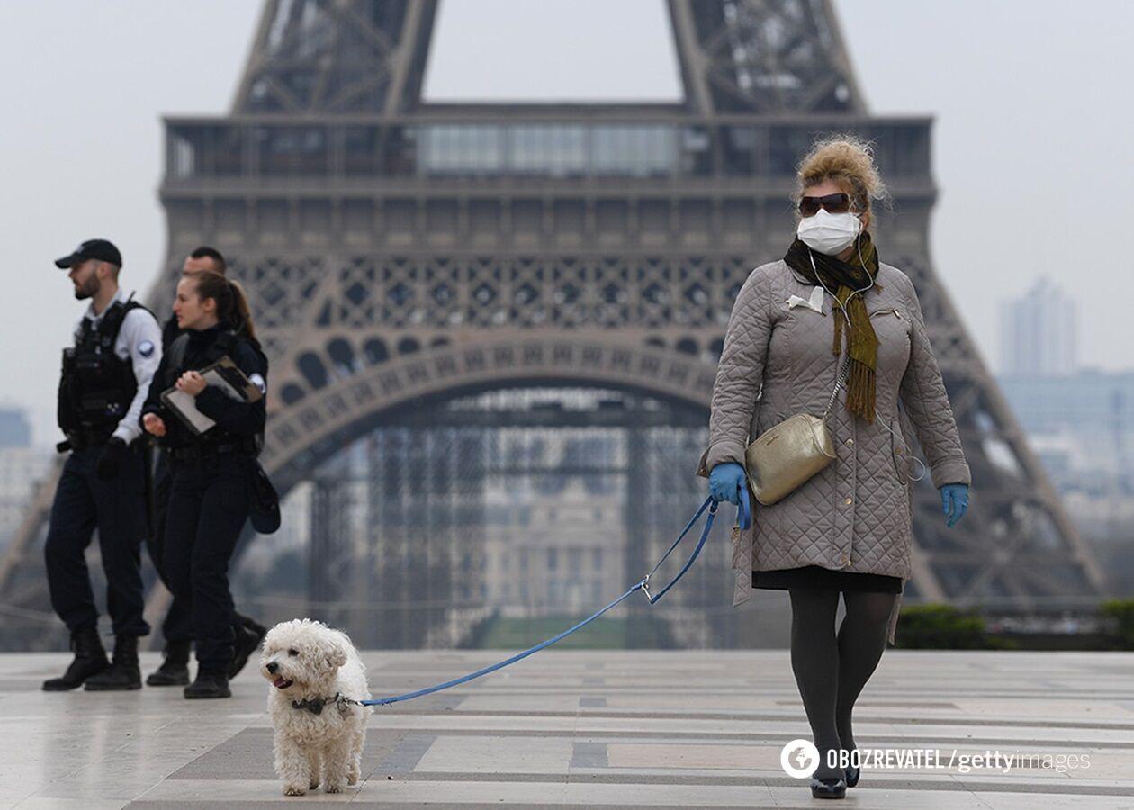 У Парижі та ще восьми містах Франції вводять комендантську годину