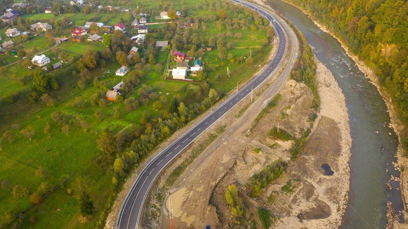 """По программе """"Велике Будівництво"""" запланировано строительство и ремонт 6500 км дорог"""