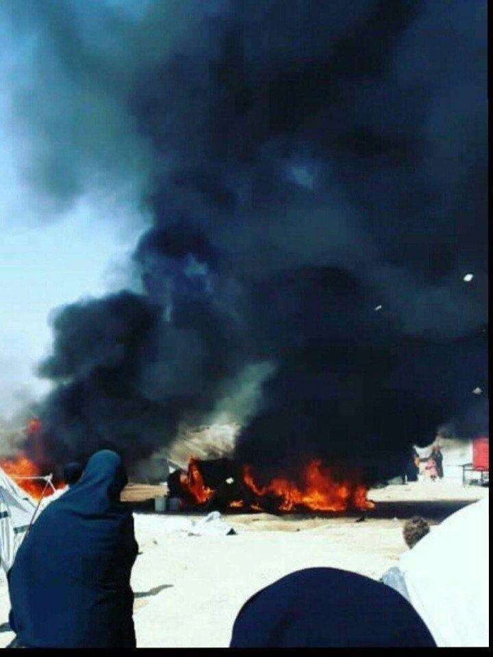 В лагере случаются пожары.