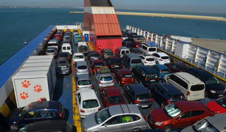Из Кореи в Украину б/у авто доставляют морем.