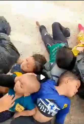 Дети, которые задохнулись в водовозке.