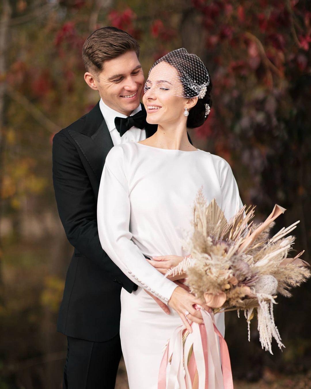 Звездная пара сыграла свадьбу 15 октября.
