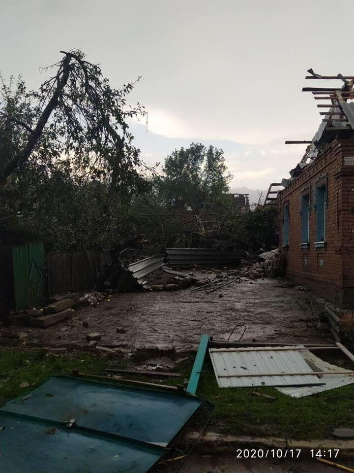 Ураган у Кропивницькому, за словами очевидців, нагадував смерч
