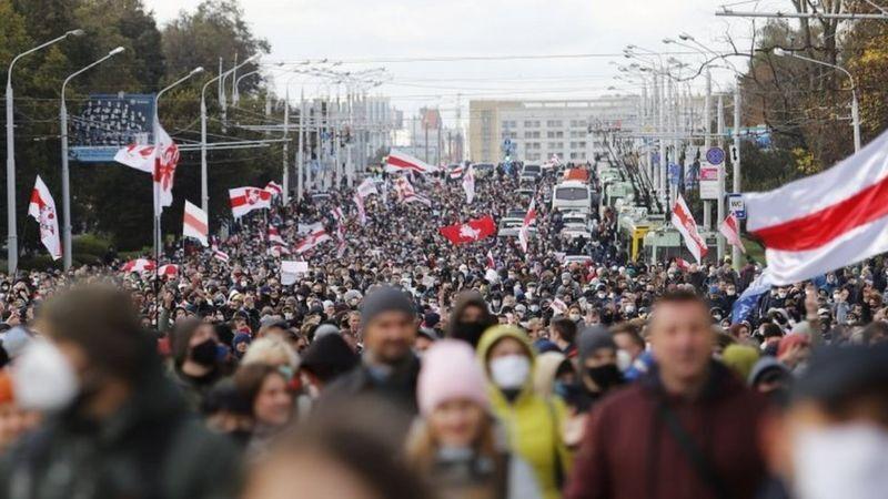 На Партизанский марш вышли десятки тысяч белорусов