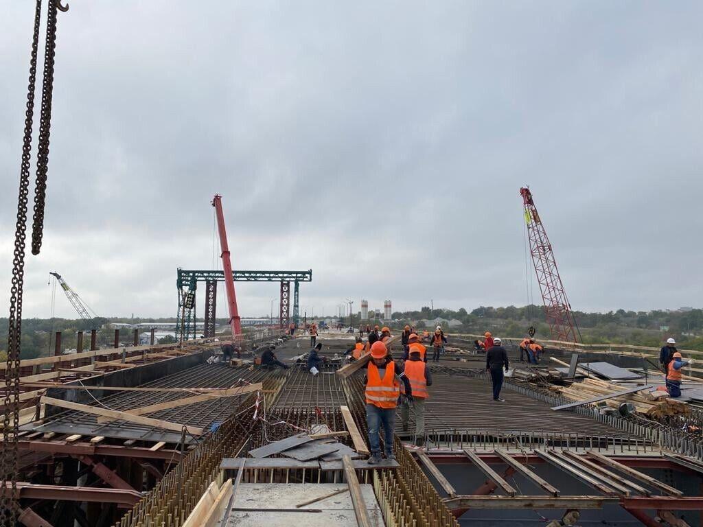 Запорожские мосты являются одним из ключевых проектов Национальной программы
