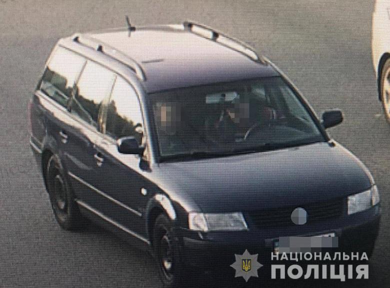 Автомобиль таксиста, подозреваемого в изнасиловании в Киеве