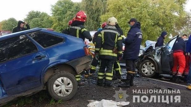 На трассе Киев – Чоп столкнулись 4 машины.
