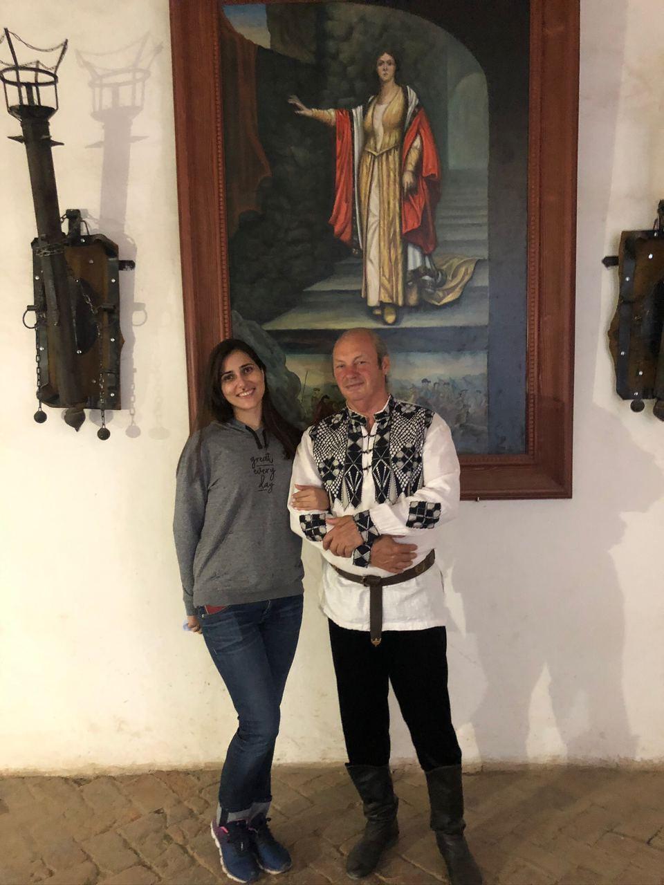 Замок Сент-Миклош: поможем украинским художникам спасти символ любви на Закарпатье!