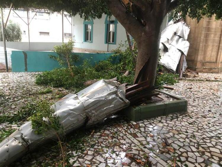 Наслідки урагану в провінції Анталья.