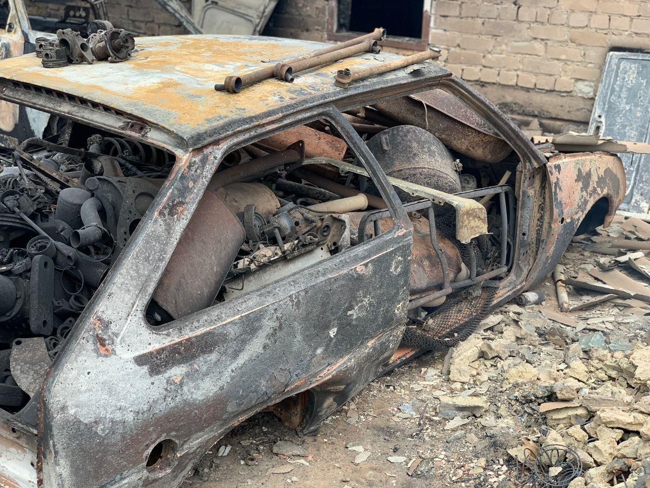 Огонь повредил имущество местных жителей.
