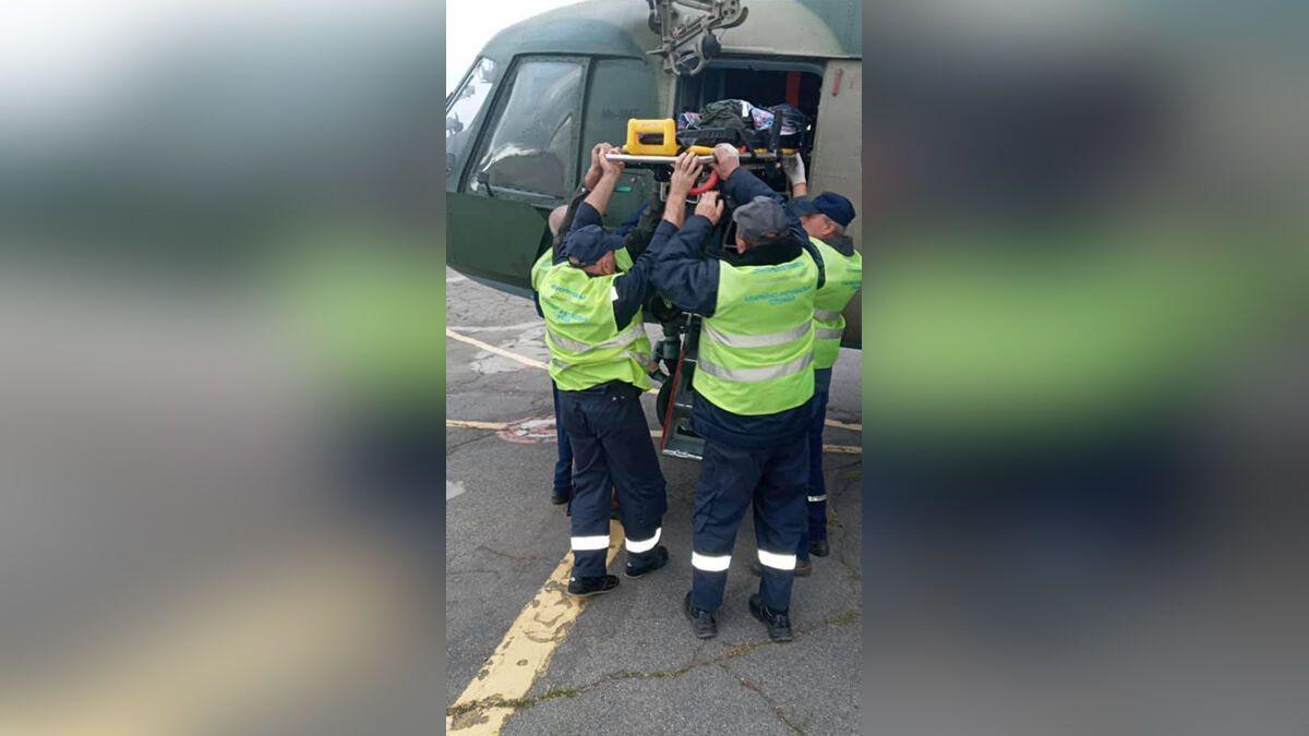 Егора военным самолетом доставили в Днепр.