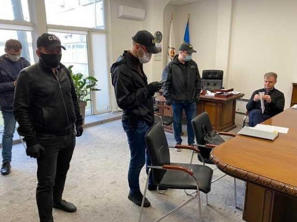 """Против главы ДАЗВ Калашника начали еще одно уголовное производство: """"миллиардные махинации на тендерах"""""""