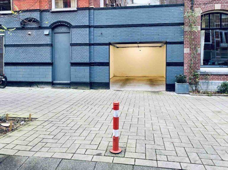 Гараж-паркоместо, который продают за 1 млн евро