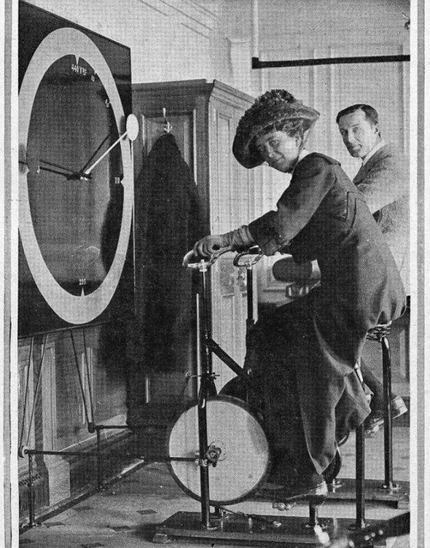 """Пассажиры знаменитого """"Титаника"""" на велотренажерах, 1912 год"""