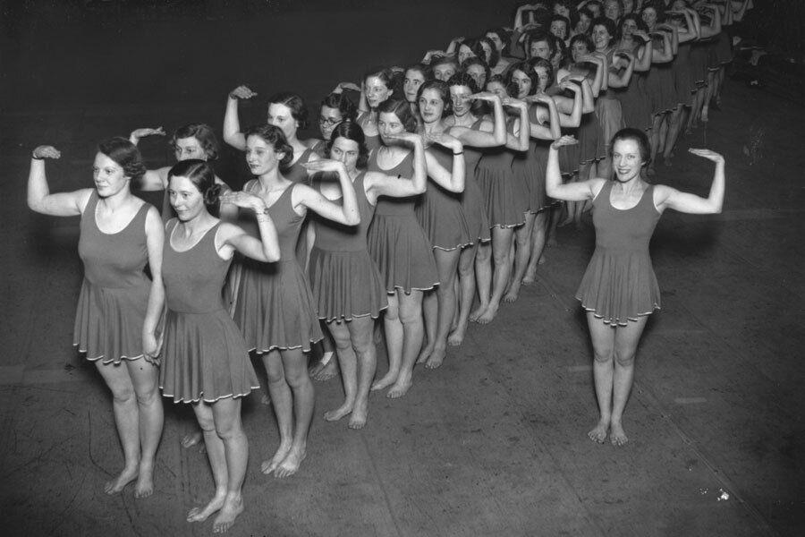 Американки во время тренировки, 1937 год