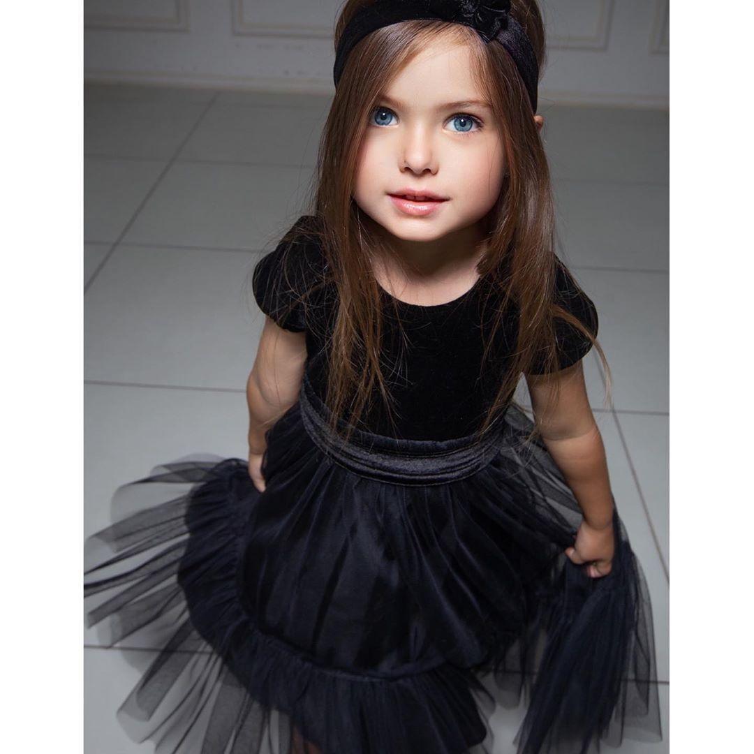 Дочка Альони Лоран Габріела.