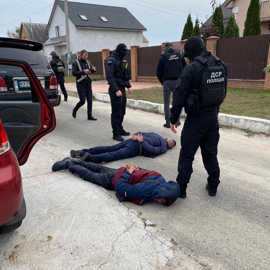 Злочинців затримали під Києвом.
